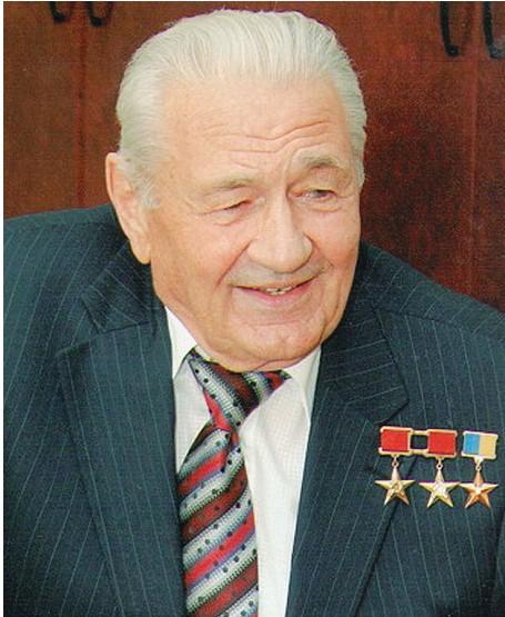 Моторний Дмитро Костянтинович, Герой України, двічі Герой соціалістичної праці