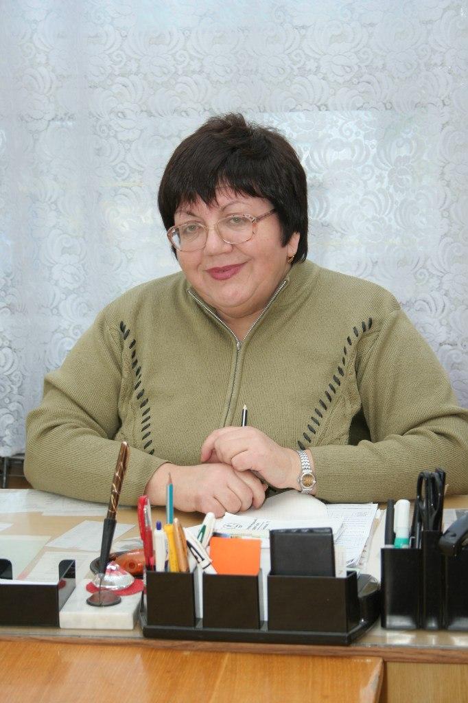 Петрова Людмила Олексіївна, завідувач музея історії університету
